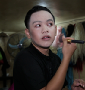 Video: Meet 'Rebecca,' the drag queen who finds happiness at a Phnom Penh gay bar