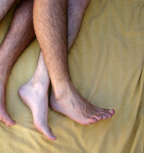 """Researchers discover """"gay genes"""" help straight guys have more sex"""