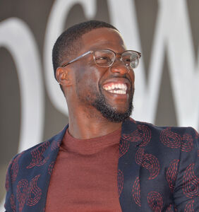 Kevin Hart will ring in the new year with a rapper who officiated a gay marriage