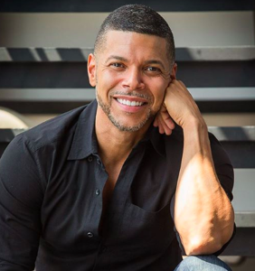 "Wilson Cruz calls straight actors playing LGBTQ roles ""awards bait"""