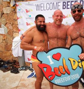 PHOTOS: Bears emerge from hibernation for a Puerto Vallarta 'Dip'
