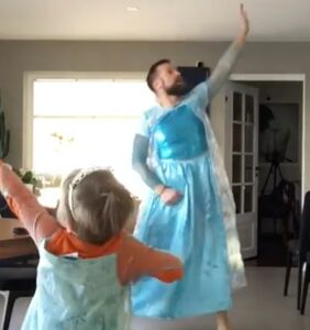"""Father and son go viral dancing to 'Frozen': """"This is what healthy masculinity looks like"""""""