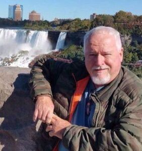 Toronto serial killer Bruce McArthur pleads guilty to murdering 8 gay men