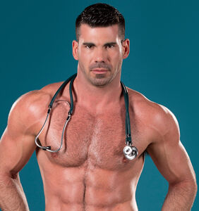 Gay adult star Billy Santoro blasted for mocking fat performers