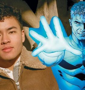 DC Comics just hired this disabled trans actor to play a disabled bi superhero