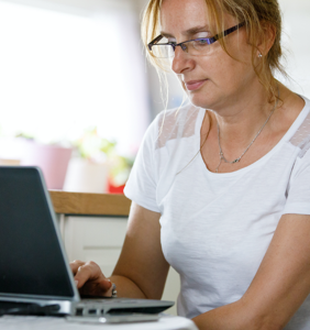 His boyfriend's wife just sent him an angry email and she wants answers–Now what?!