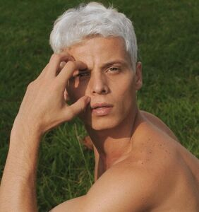 Brazilian model and LGBTQ advocate tragically dies after collapsing on catwalk
