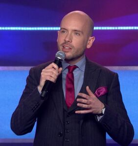 Gay comedian Tom Allen had the perfect response to a Facebook troll
