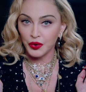 Madonna doesn't apologize, would like everyone to just forget that terrible video she shared... OK?