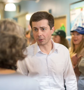 "Watch a gaggle of unhinged protestors scream ""Repent!"" at Pete Buttigieg during a fundraiser"