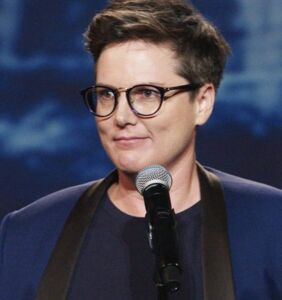 Hannah Gadsby revolutionized queer standup comedy in 'Nanette'