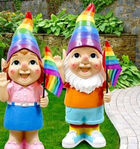 """Man feels triggered by rainbow garden gnomes, flies into """"violent rage,"""" police called"""