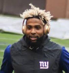 New York Giants football star Odell Beckham Jr. addresses gay rumors head on