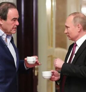 """'Snowden' director Oliver Stone says Russia's antigay law is """"sensible"""""""