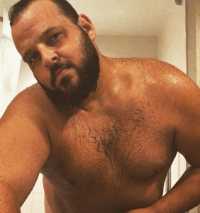Daniel Franzese posts hot pics to remind us we've been 'sleeping on the big boys'
