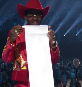 Lil Nas X's VMA acceptance scroll became an instant meme
