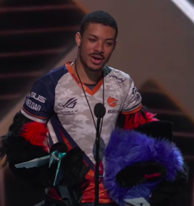 One of the world's highest-paid professional gamers just came out as non-binary