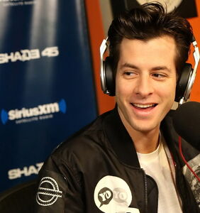 """Mark Ronson sorry for """"coming out,"""" says he's definitely straight"""