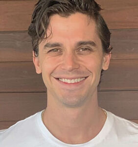 """Antoni Porowski on being """"pathologically co-dependent"""" and assumptions he's gay"""