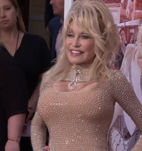 WATCH: The stars of 'Dolly Parton's Heartstrings' tell us what they love about the diva