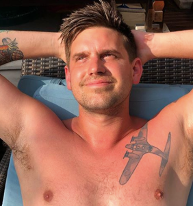 Straight dude wonders if letting his friend penetrate him with a beer bottle might seem gay