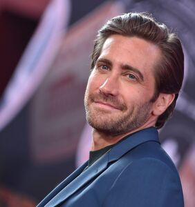 Jake Gyllenhaal is going gay again