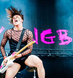 "Yungblud says he's ""tried everything"" when it comes to sexuality"
