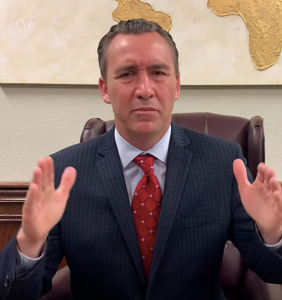 Antigay pastor who bussed in 1,825 people for church service slapped with six misdemeanor charges