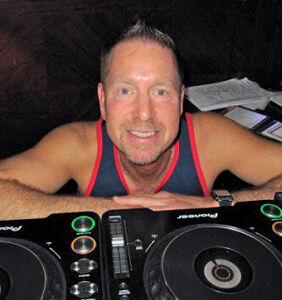 Beloved gay DJ Warren Gluck has died