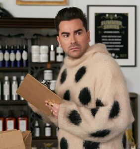 """Celebrity Daily Dose: The show Dan Levy calls """"unbelievably intimate and sexy"""""""
