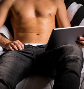 Gays share wisdom with adult video addict wanting to enjoy sex IRL