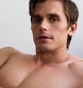 PHOTOS: Antoni Porowski shaves it all off