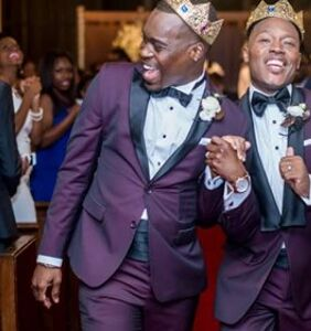 """These two guys found love in their college fraternity. 10 years later, they said """"I do!"""""""