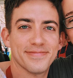 """'Glee' star Kevin McHale just admitted to """"accidentally poisoning"""" his boyfriend"""