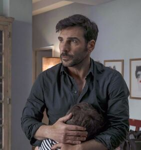 EXCLUSIVE: Can a horny gay couple surivive…becoming dads?