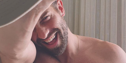 Pablo Alborán reflects on coming out and becoming an overnight international gay heartthrob