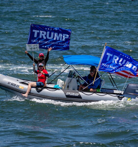 Another Trump boat parade ends in shipwreck and disaster