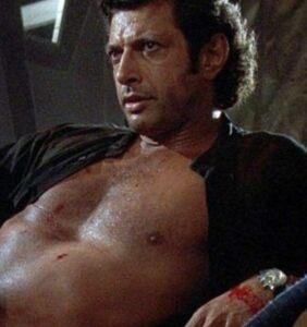 Jeff Goldblum recreates his sexy 'Jurassic Park' pose, and we're thirsty