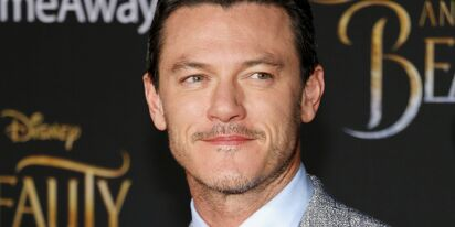 Internet sleuths say Luke Evans is suddenly single; here's why