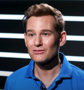"""Broadway star Chad Kimball says he's """"respectfully"""" defying COVID safety rules because of Jesus"""
