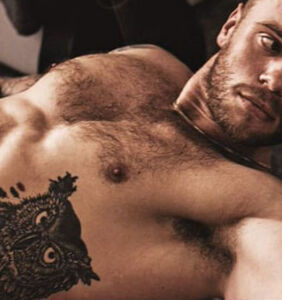 Gus Kenworthy is looking to advance his career with thirsty photos