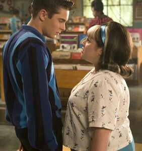'Hairspray' actress Nikki Blonsky dishes on Zac Efron's kissing skills