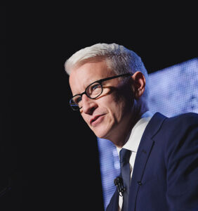 "Anderson Cooper dishes on fatherhood: ""I wish I had done it sooner"""