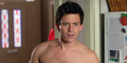 'Bridgerton' star Jonathan Bailey reveals who told him to stay in the closet: gays