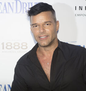 PHOTO: Ricky Martin shows off freshly bleached hair, but not on top of his head