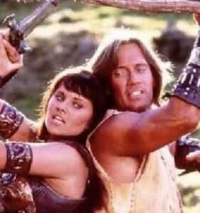 Lesbian icon and 'Xena' star Lucy Lawless shreds co-star Kevin Sorbo over pro-coup tweet