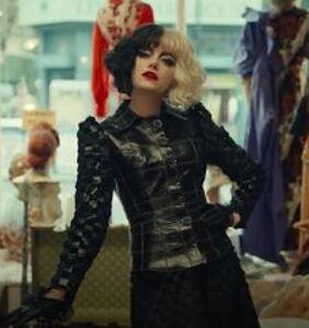 Emma Stone just ascended to drag queen heaven