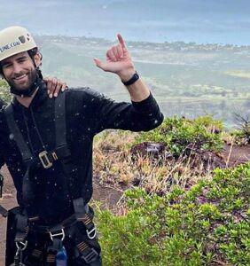 Karamo Brown and Chris Salvatore enjoy a romantic weekend in Hawaii