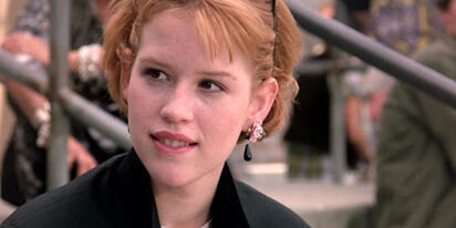 Molly Ringwald just outed this '80s icon