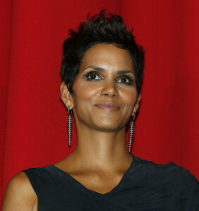 Halle Berry's first kiss was with a girl and lasted half an hour
